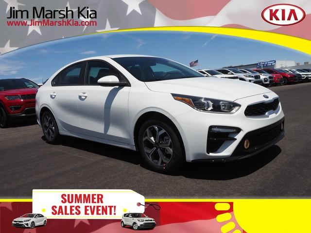 New 2019 Kia Forte LXS IVT FWD 4dr Car